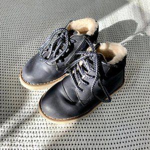 Zara Baby Sherpa Lined Navy Boots | C7